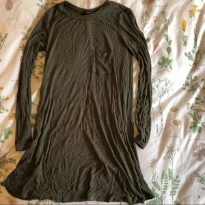 NWOT Green Long Sleeve Dress